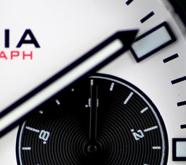 V5.3 Chronograph Details 2